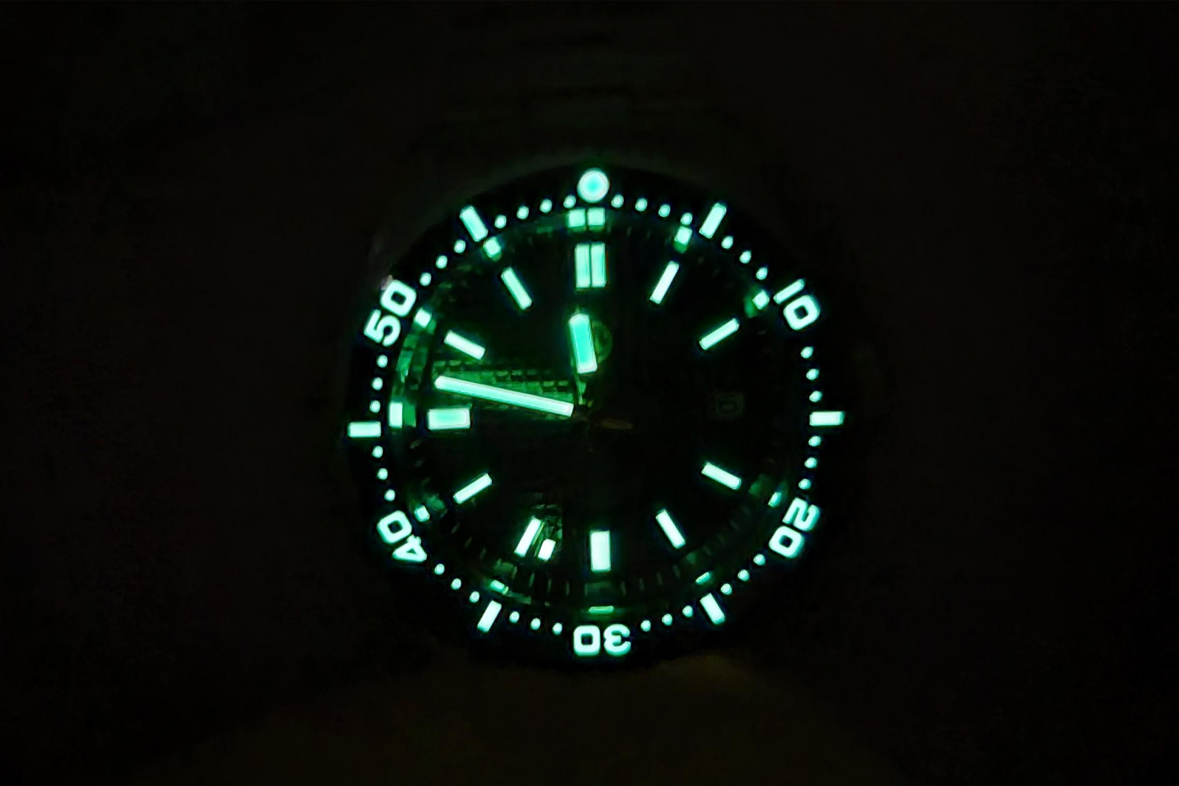 islander #isl-88 automatic watch - lume