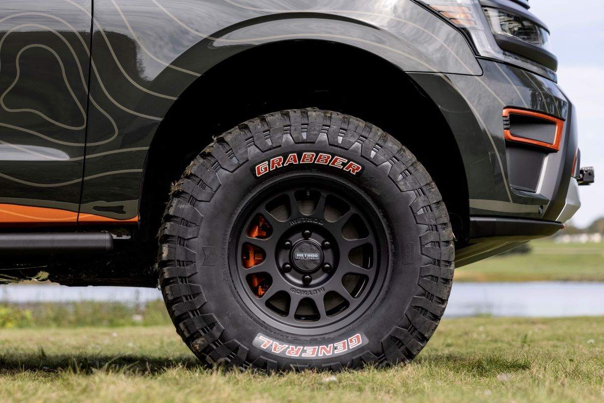 Expedition Timberline Off-Grid Concept_04dd
