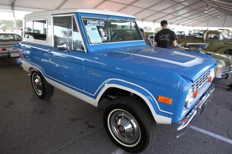 1977 Ford Bronco Wagon 4x4