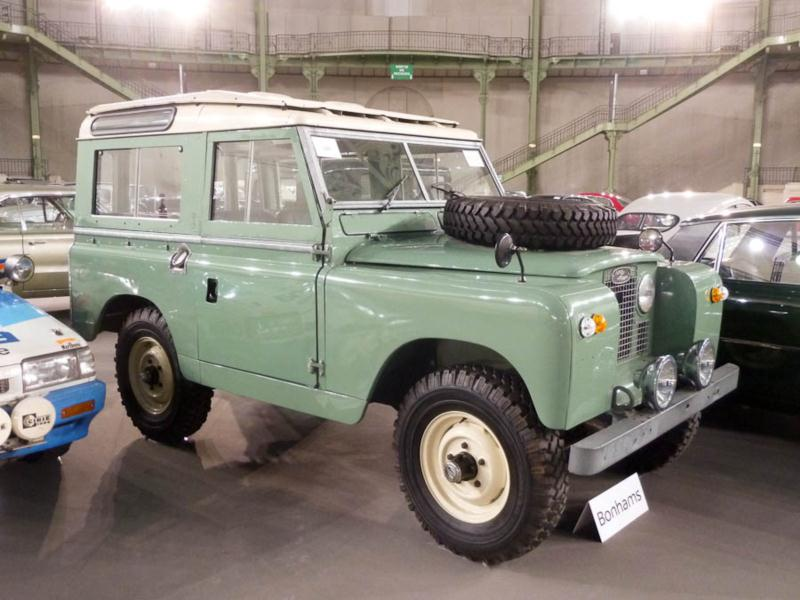 1965 land rover series iia 109 values hagerty valuation. Black Bedroom Furniture Sets. Home Design Ideas
