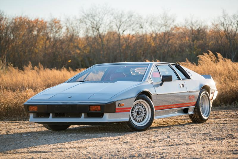 https://s3.amazonaws.com/images.hagerty.com/vehicle/web/Phoenix%202017_156_Lotus_1983_Esprit%20S3%20Turbo_Coupe_SCCFC20A8DHF60363_Overall.jpg