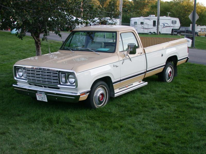 1972 Dodge D100 1 2 Ton Values Hagerty Valuation Tool