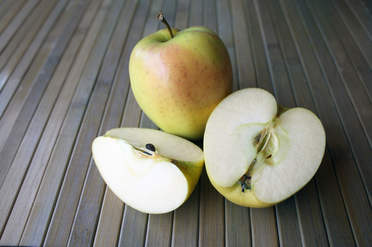 Anatomy of a New York State Apple