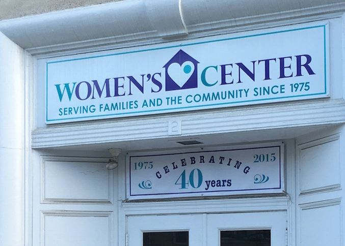 The Womens Center Now Accepting Applications For Dual Domestic