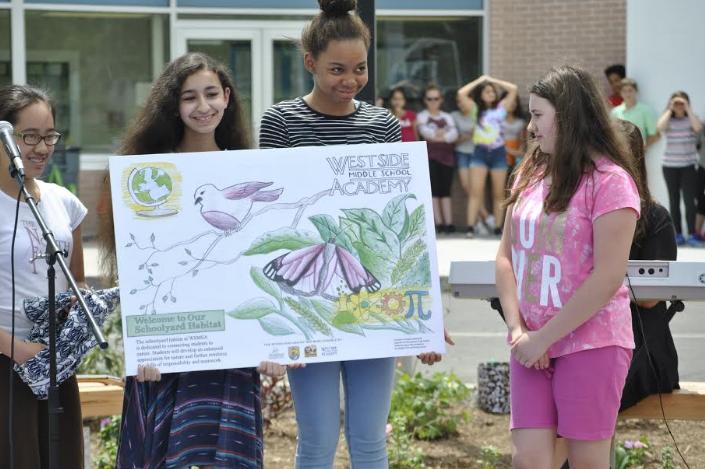 Westside Middle School students create outdoor classroom