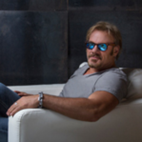 Country star phil vassar returns with a night of hits on for Adam broderick salon