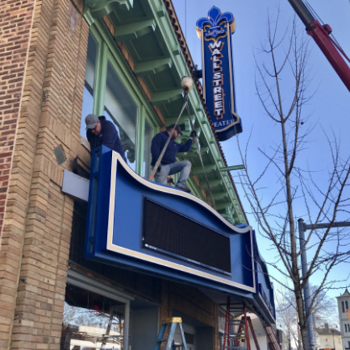 Norwalk 39 s wall street theater flips switch to light up new for Maritime motors fairfield connecticut