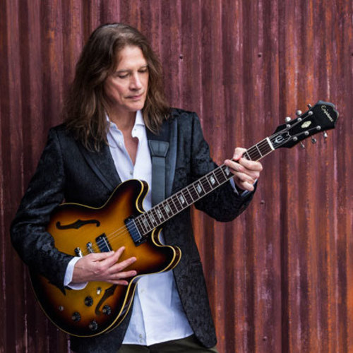 Guitar legend Robben Ford brings a night of blues to The Ridgefield Playhouse