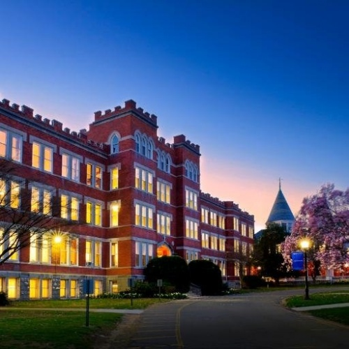 Learn How Lauralton Hall Encourages Young Women To Excel