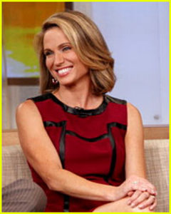 Gma Anchor Amy Robach To Share Breast Cancer Journey At Shu