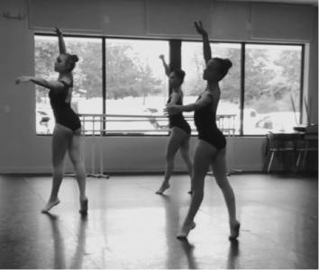 (L-R) Kayla Pinzur, Jenna Pinzur and Amanda Ostuni in Rehearsal for SSSPA's Annual Nutcracker.