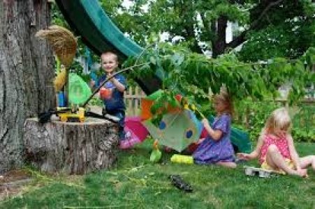 Garden Fun for Toddlers at Garden of Ideas Every Thursday with 109 ...