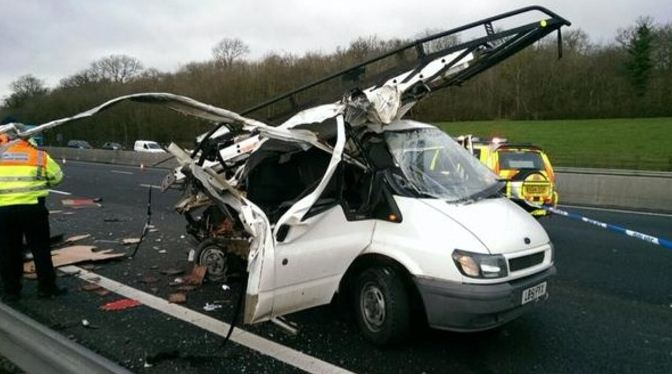 M25 J5-J6 damage to van 1