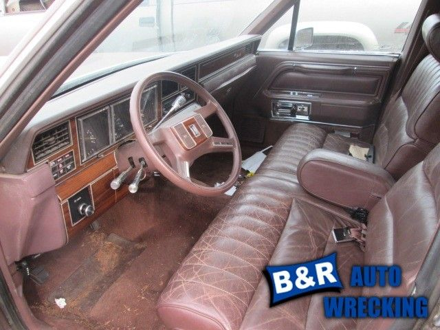 driver front door 4 door pad fits 1980 1989 lincoln town car 6660970