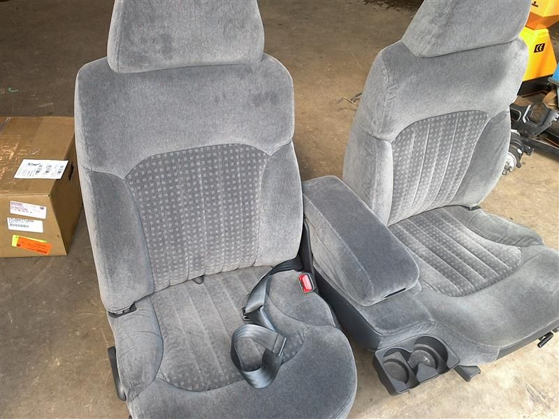 60/40 Seats - S-10 Forum