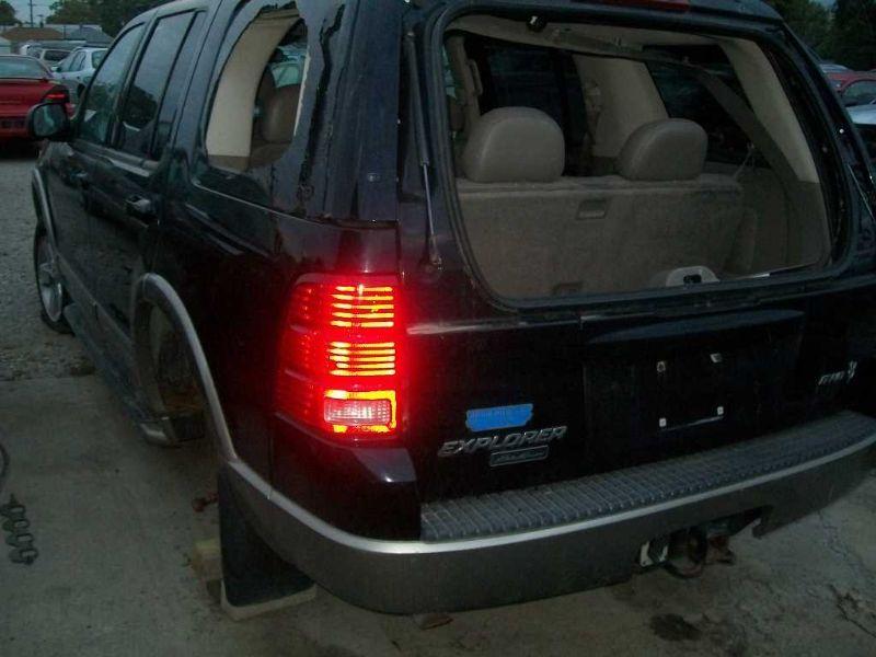 02 03 04 05 ford explorer hood 4 dr exc sport trac 31457 ebay. Black Bedroom Furniture Sets. Home Design Ideas