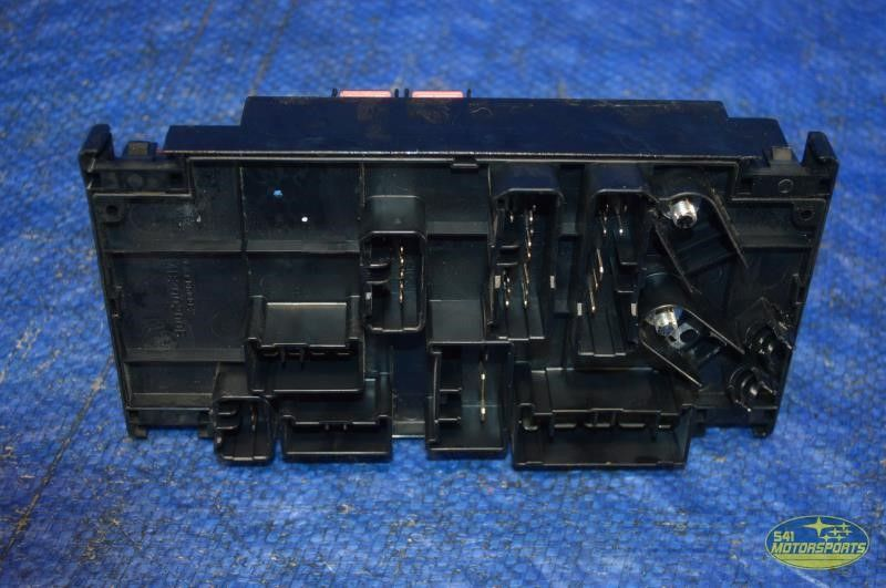4 2005 2009 subaru legacy gt engine fuse box ebay  at edmiracle.co