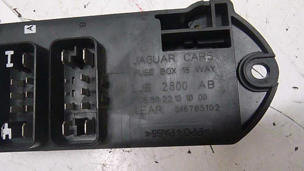 jaguar xk fuse box cabin  1998 2003 jaguar xk8 fuse box cabin 47327