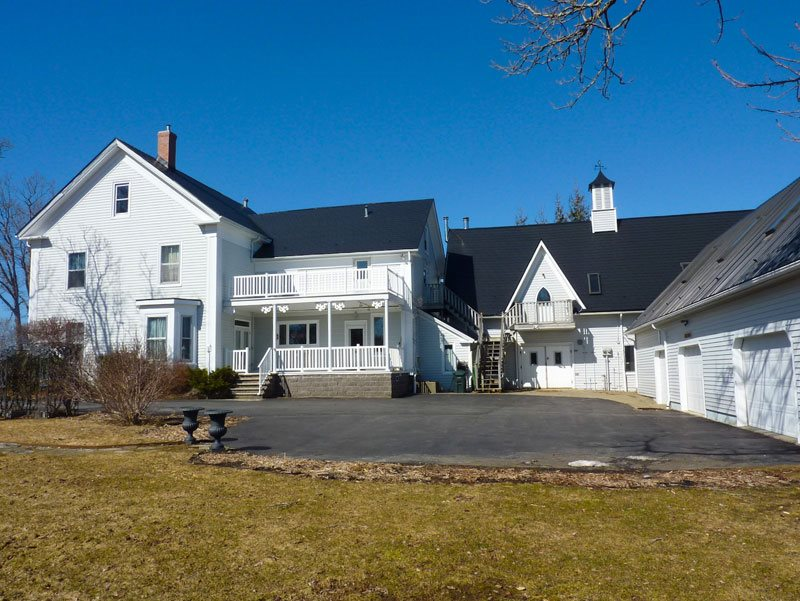 14 Elm St, Yarmouth Photo 3