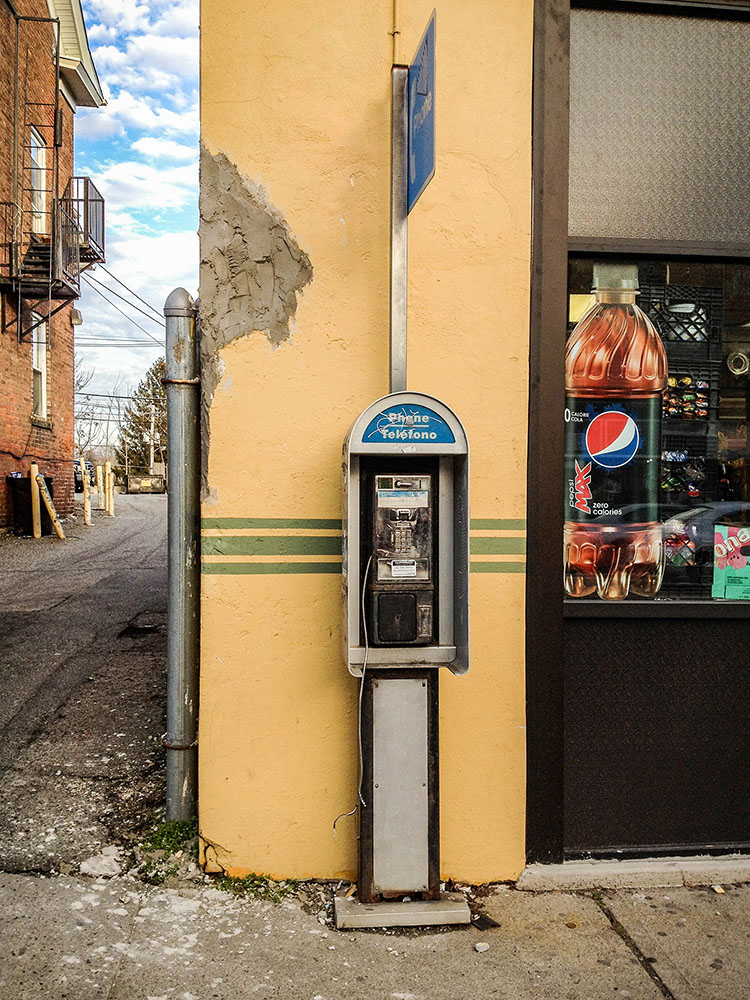 Dead Ringers: Portraits of abandoned payphones Green Stripe