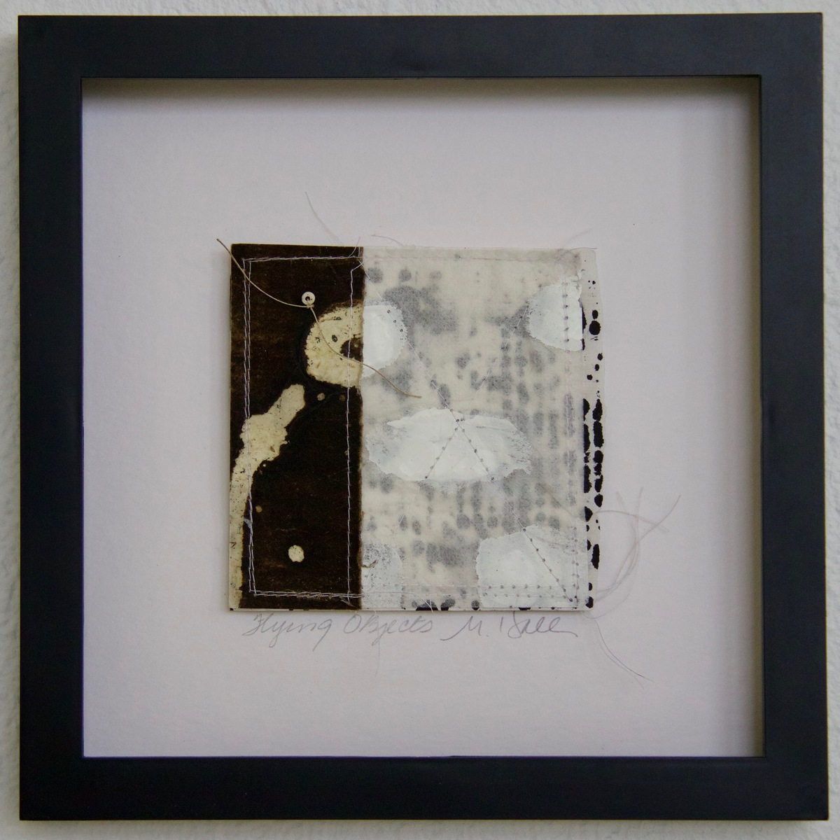 SHOP #Artist Support Pledge 'Flying Objects'