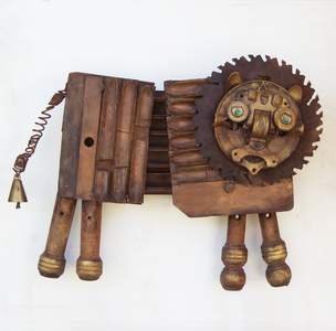 Rusty Crocodiles - The Assemblage Art of Scott Rolfe Recent Animal Works Assemblage