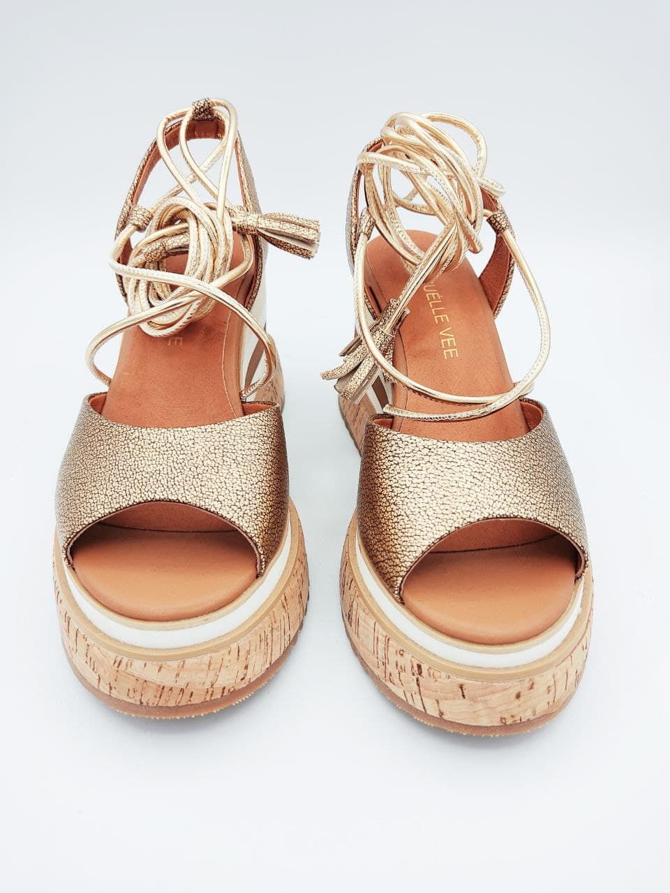 fondo sughero pelle laminata lacci caviglia EMANUèLLE VEE   Sandalo   411M80818P066