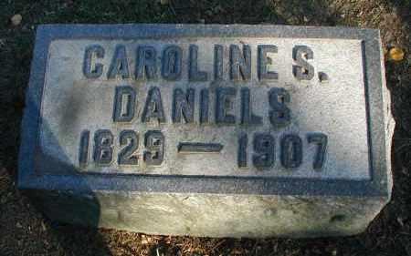DANIELS, CAROLINE S. - DuPage County, Illinois | CAROLINE S. DANIELS - Illinois Gravestone Photos