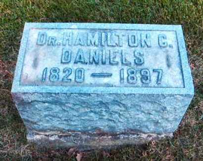 DANIELS, DR. HAMILTON C. - DuPage County, Illinois | DR. HAMILTON C. DANIELS - Illinois Gravestone Photos