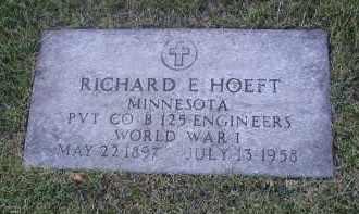 HOEFT, RICHARD E. - DuPage County, Illinois | RICHARD E. HOEFT - Illinois Gravestone Photos