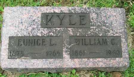 KYLE, WILLIAM CHESTER - Hancock County, Illinois | WILLIAM CHESTER KYLE - Illinois Gravestone Photos