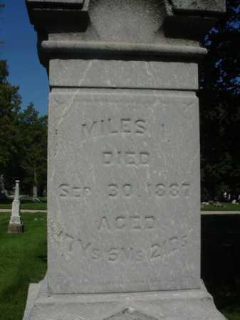 BULLIS, MILES - Ogle County, Illinois   MILES BULLIS - Illinois Gravestone Photos