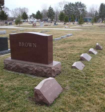 BROWN, CLIFTON M. - Will County, Illinois | CLIFTON M. BROWN - Illinois Gravestone Photos