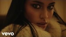 Lais 'Cocaine Rain' music video