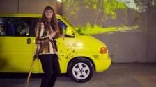 Chelsea Shag 'New Perfume' music video