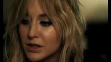 VIA Gra 'Get Out!' music video