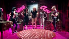 Pixie Lott 'Mama Do (uh oh, uh oh)' music video