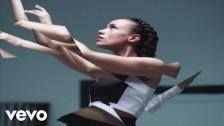 Jones 'Melt' music video