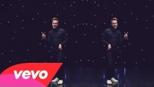 Olly Murs 'Wrapped Up' music video