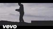 Jen 'Khaliwni B3id' music video