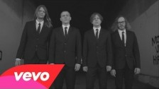Cage The Elephant 'Cigarette Daydreams' music video