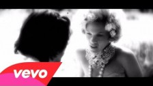 P!nk 'Blow Me (One Last Kiss)' music video
