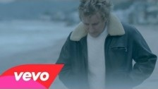 Rod Stewart 'It's Over' music video