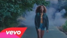 Izzy Bizu 'Give Me Love' music video