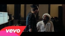 Iza 'No Ordinary Affair' music video