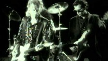 Hall & Oates 'So Close' music video