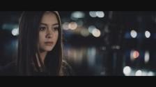 Jasmine Thompson 'Do It Now' music video