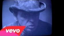 Gary Numan 'Love Hurt Bleed' music video