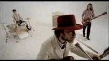 Supergrass 'St. Petersburg' music video