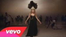 Shakira 'La La La (Brasil 2014) (Spanish Version)' music video